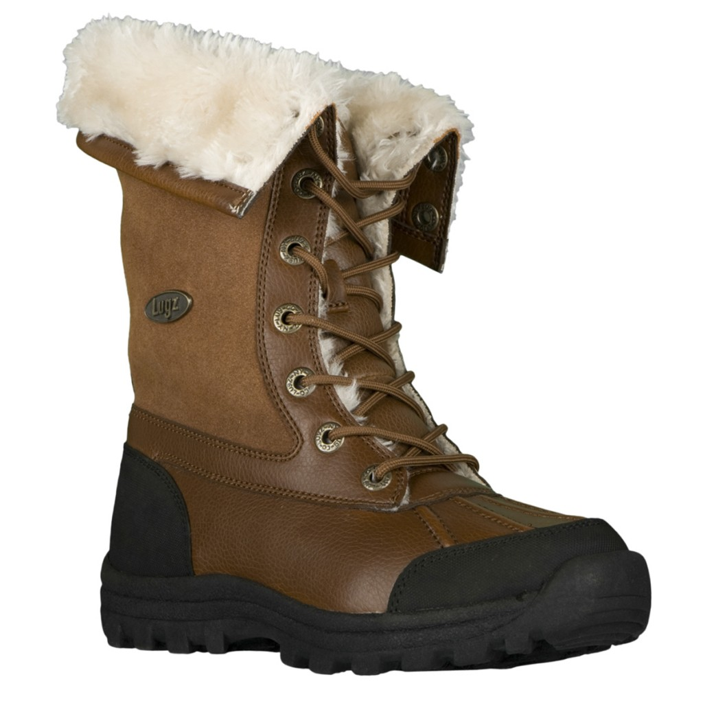 Looking For Some Snow Boots - It's Peachy Keen