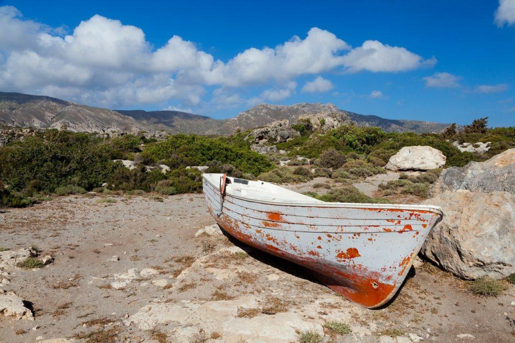 boat-165088_1280