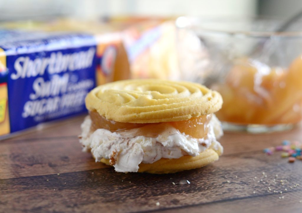 Easy Ice Cream Sandwich With Voortman
