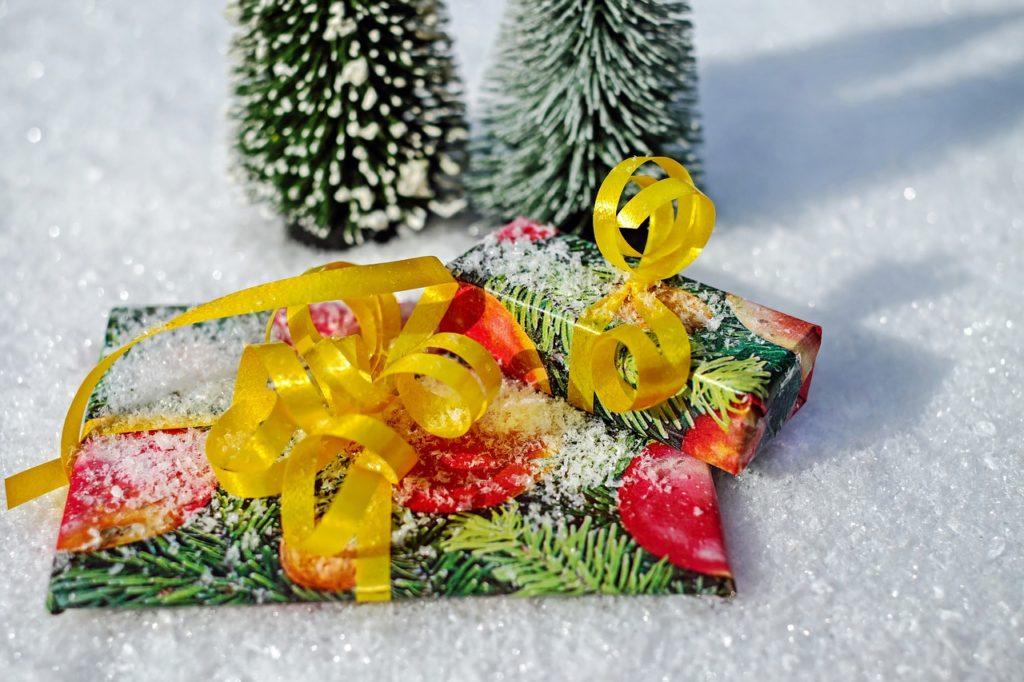 gift-1808805_1280