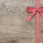 5 Gift Giving Ideas for the TechSavy